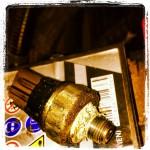 Датчик дваления масла в двигателе