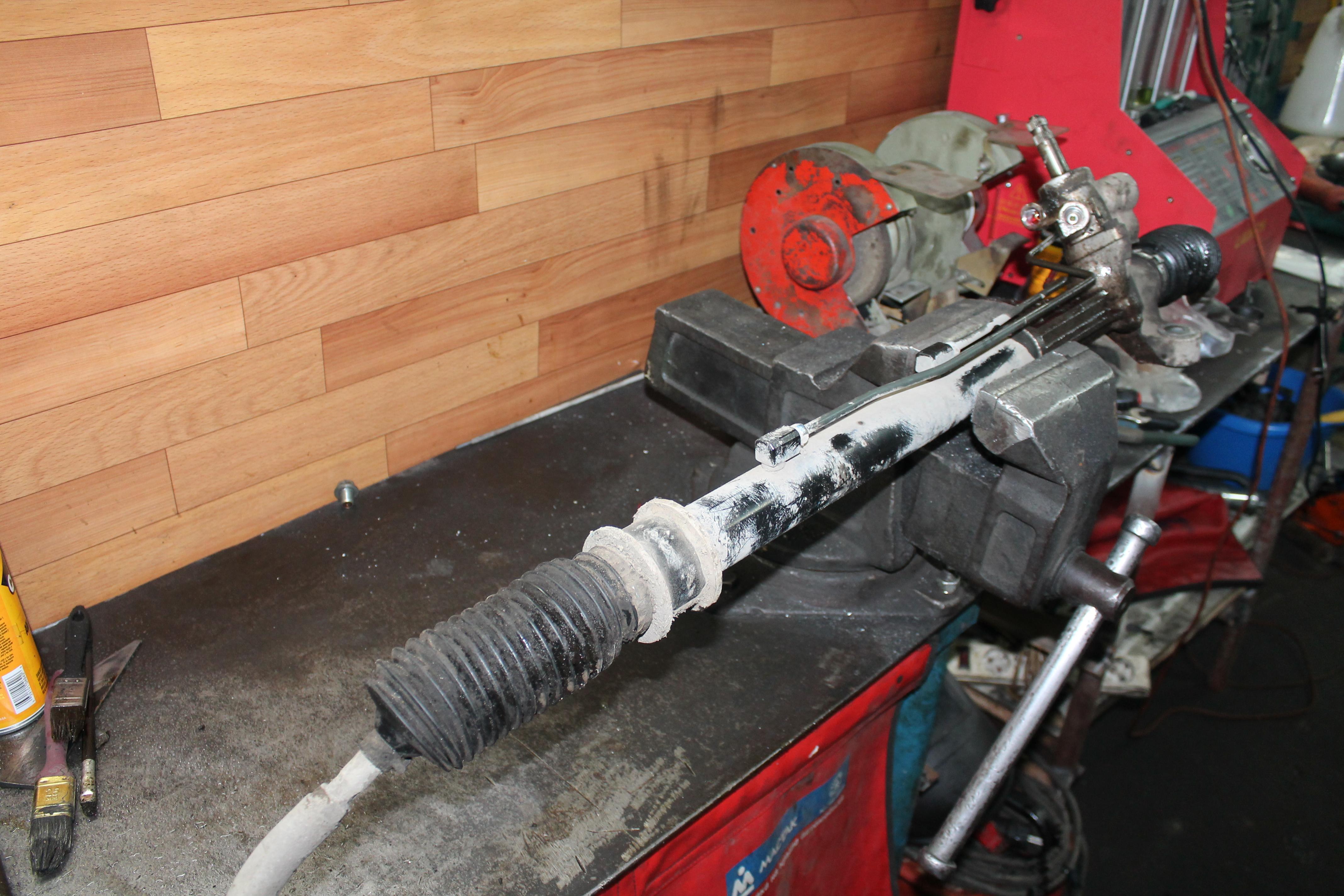 Замена рулевой рейки на ВАЗ 2110 своими руками: инструкция по 13
